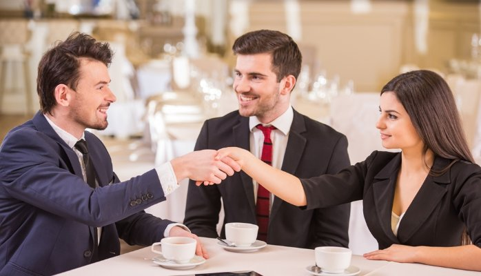 cách tìm kiếm khách hàng